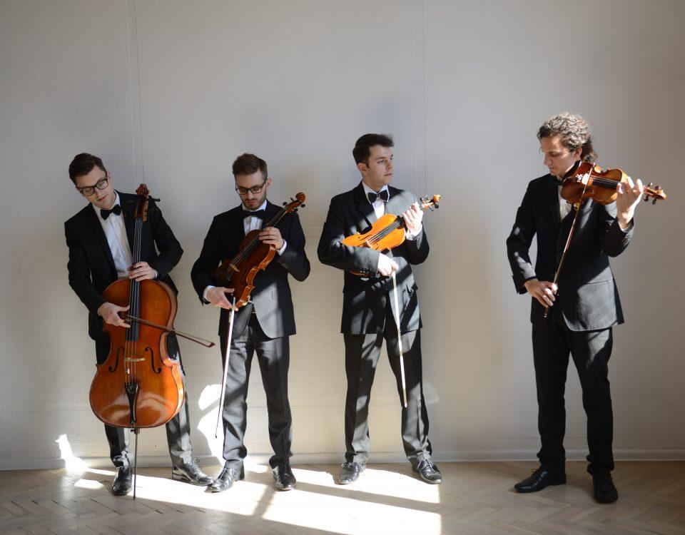 Kwartet smyczkowy na ślub - Dobry Ton, Kraków, Cracow, oprawa muzyczna ślubu w kościele