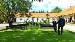kwartet smyczkowy Dobry Ton z Krakowa - oprawa muzyczna uroczystości w Folwarku Wiązy