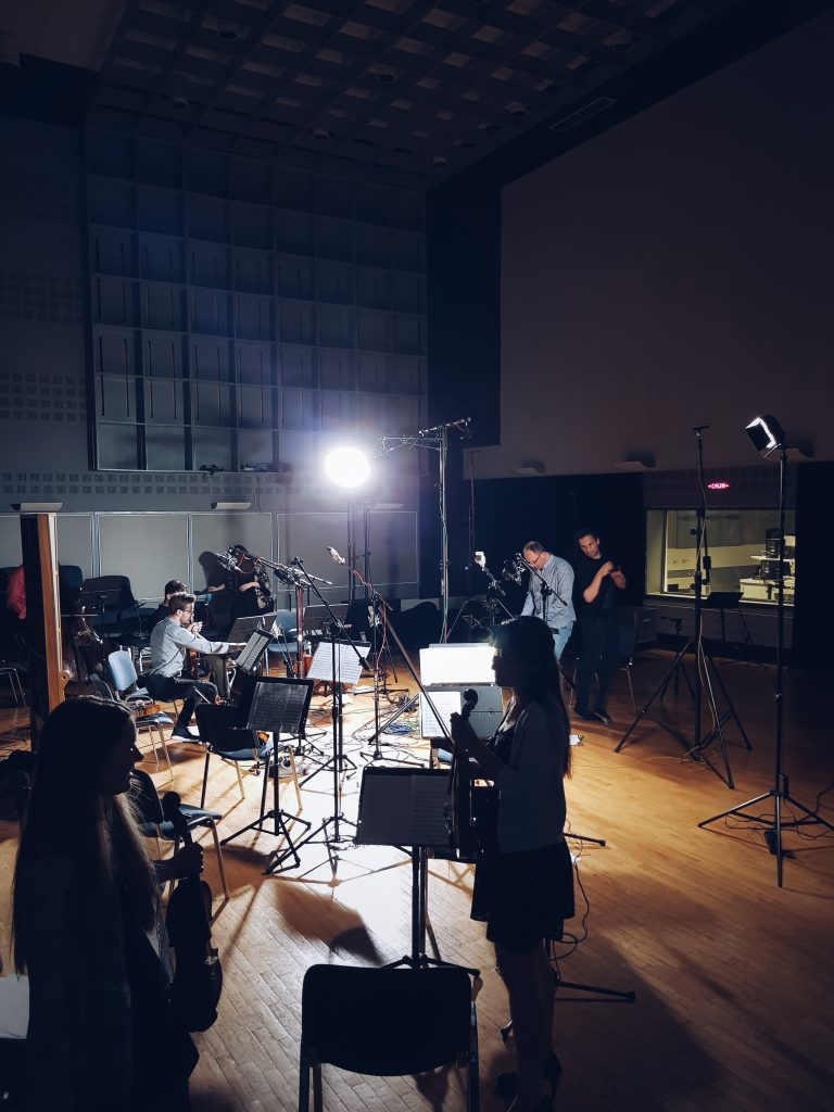 Dobry Kwartet i Sądecka Orkiestra Kameralna nagrywają Fantazję Filmową w Radiu Kraków