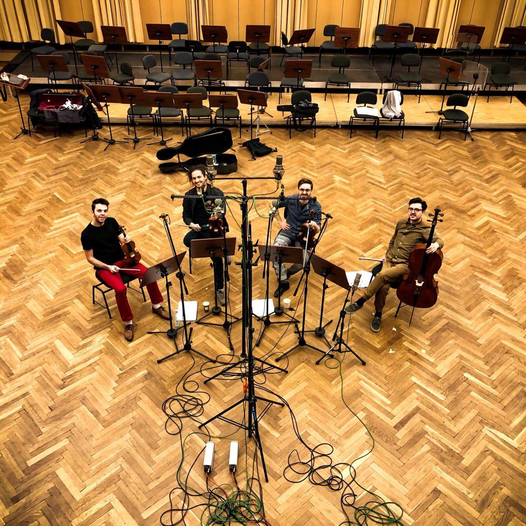 Kwartet smyczkowy w studiu S2, czterech muzyków w sali koncertowej: płyta z naszymi aranżacjami wkrótce